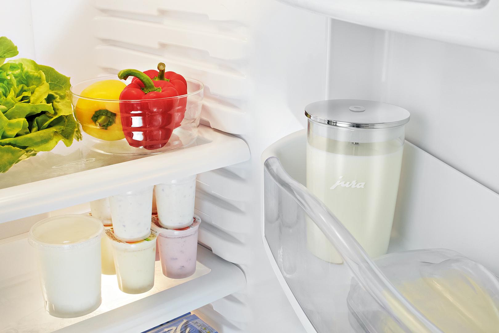 Glas-Milchbehälter